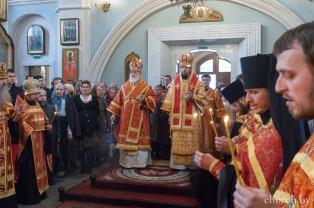 В канун Антипасхи митрополит Павел и епископ Порфирий совершили всенощное бдение в Свято-Духовом кафедральном соборе города Минска